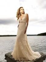 2015 New Arrival Sexy Elegant Mermaid Wedding Dresses V-Neck Beading Court Train Backless Sleeveless Lace Wedding Gowns ZY172