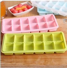 12 Square Holes Silicone Ice Cube Tray for Home Kitchen/Bars DIY Ice Cream Freeze Ball Mould Maker Case No.3407(China (Mainland))