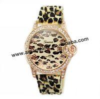100pcs/lot 2015 geneva leopard gold silicone wristwatches hot ear shape quartz ladies sport watch fashion women dress watches