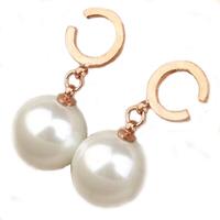 Brand new fashion jewelry gift TOP 316L steel earrings pearl earrings woman girl earrings rose gold earrings letter