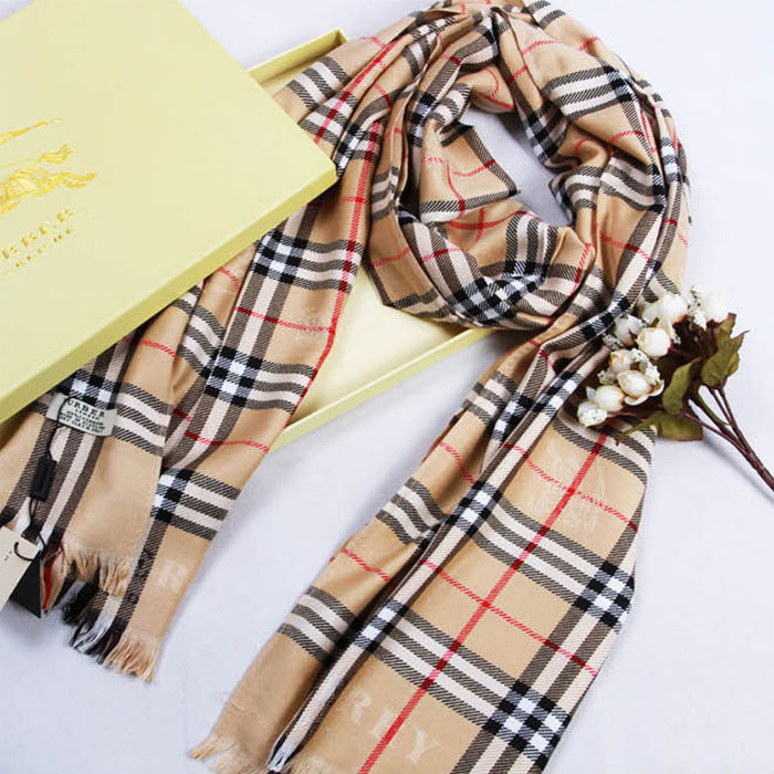 Free shipping Winter 2015 Tartan Scarf Women's Scarves fashion scarves High quality scarf Size 200 *70 CM(China (Mainland))