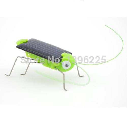 solar powered toy grasshopper solar toy green grasshopper(China (Mainland))