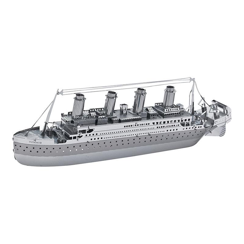 C21102 Titanic ship models desk creative crafts metal ornaments Hot Attractions(China (Mainland))