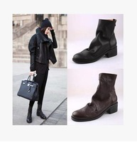 g  d  Europe and the United States taking snapshots of knit boots Black leather Retro joker female short boots