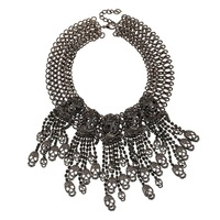 New Europe trade selling jewelry in the streets literally skull punk old multi-storey black tassel necklace
