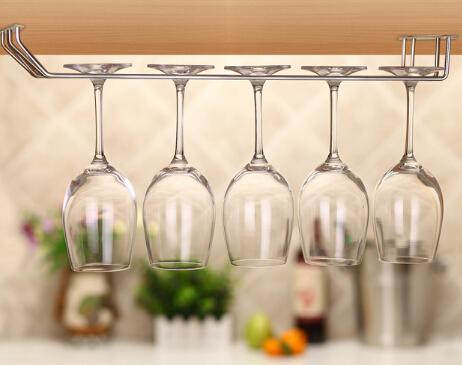 Achetez en gros bouteilles de vin plafond en ligne des grossistes bouteille - Porte verre suspendu bar ...