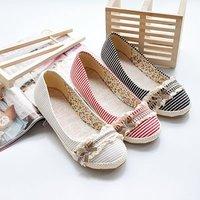 O envio gratuito de 2013 mais populares casuais charme Flat Shoes para as mulheres