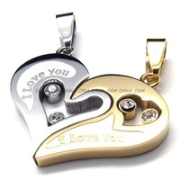 Jewerly Gorgeous 316L Stainless Steel Titanium Rock N' Roll Valentine's Necklace Pendant M077099