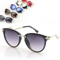 New Metal Cat eye Sunglasses brand F women twist curve mirror blue pink silver sun lenses eyewear triangle crystal shades UV400