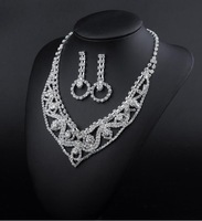B X005 2014 Korean fashion Designs Crystal Rhinestone Necklace Earrings Fashion Jewelry Sets Party Wedding Accessories
