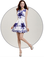 1Strip 2015 Hot Sale Chinese Style Elegant Sweet Blue and White Cotton Porcelain Printed Sleeveless Vest Women Dress