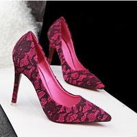 2015 new fashion vintage European style Women high-heeled pointed shoes sexy lace shoes Women pumps