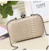 Free Shipping European Style Serpentine Diamond Skull Mini Clutch Messenger Bag With Chains Vintage Evening Bag Bolsas mb750