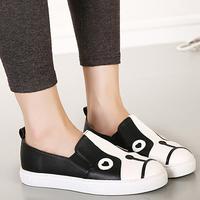 2015 Spring Woman Black White Patchwork Flat Heels Closed Round Toe PU Shoes Korean Street Casual Cute Animal Dog Slip On Flats