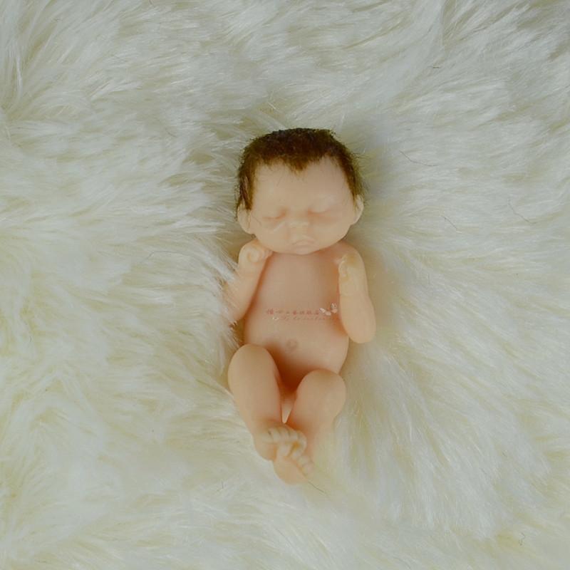 4.5cm Thumb doll Pocket Baby Simulation Baby Reborn baby Tiny Baby Creative toys, Wedding gift Children's gifts(China (Mainland))
