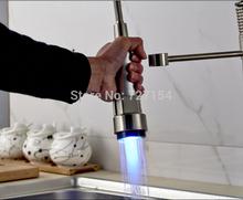 Led cambia colore nichel spazzolato rubinetto becco kitchen faucet sostituzione spruzzatore  (China (Mainland))