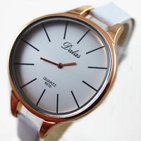 2015 lastest DALAS brand pu leather band precise quartz movement big face fashion lady watch women wrist