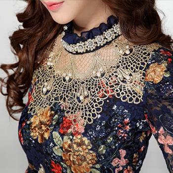 Новый 2014 женщины цветочные кружева мода свободного покроя девушка блузка со стразами ...