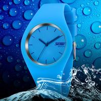 2015 New Fashion Brand Women Colorful Jelly Watch Women Band Silicone Quartz Watch 30M to Waterproof Sports Watch  01-5