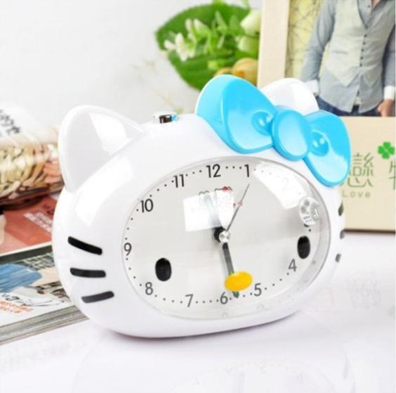 1Pcs Kitty Fashion Silent Glow Talking Alarm Clock Cartoon Voice Ideas Alarm Clocks Random Colors J2084(China (Mainland))
