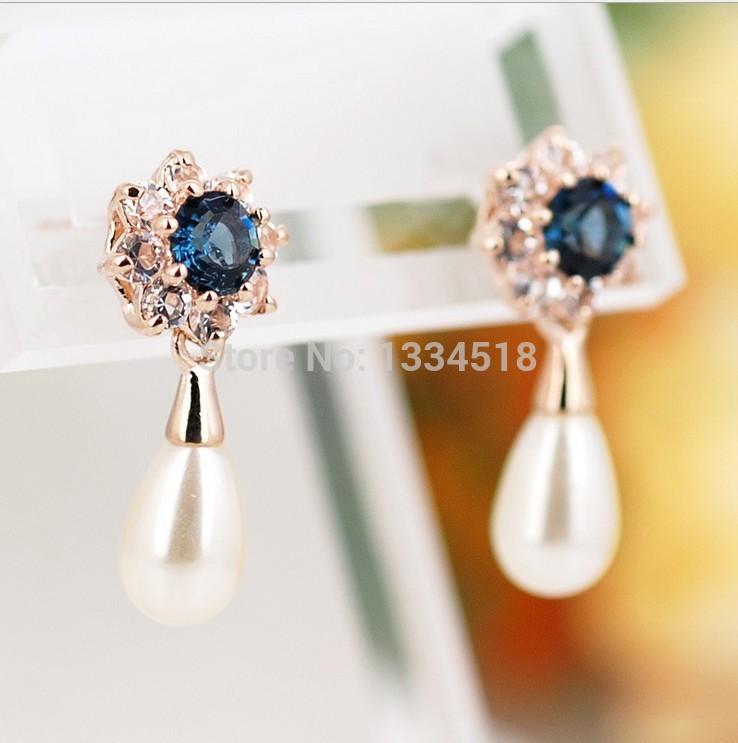 Free shipping red apple Korean fashion magazine star models drops pearl earrings temperament(China (Mainland))