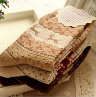 Комикс милый печать носки до щиколотки длина толстый тёплый зима женщины носки мягкий воздухопроницаемый носки для женщины 5 цветов