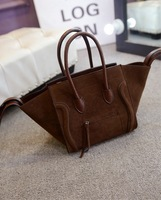 In the spring of 2015 the new European and American classical style female bag bats smiley bag shoulder bag
