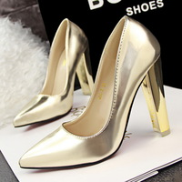 The spring of 2015 New Europe and retro fashion simple metal thick with ultra shallow mouth pointed high-heeled shoes 350-2