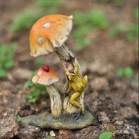 2015 New Deep Design garden decoration Home crafts  Resin Cartoon  Mushroom cute  ladybird Frog  home decor Office A437