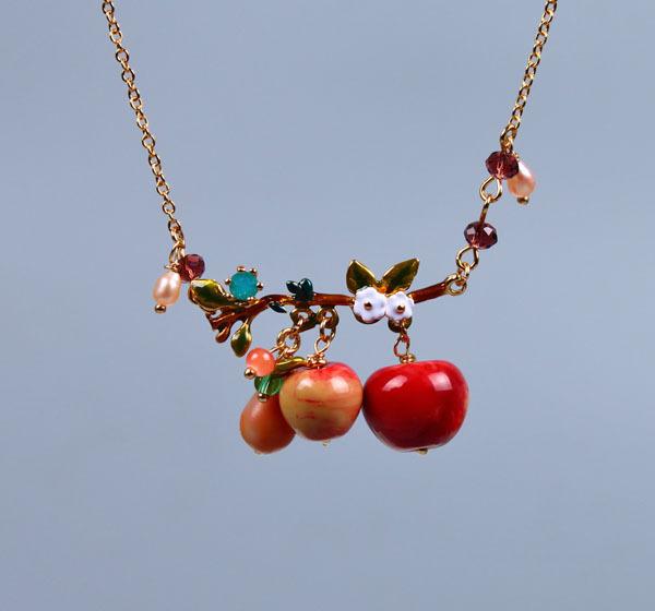 les nereides new fashion fruit set apples necklace 2015(China (Mainland))