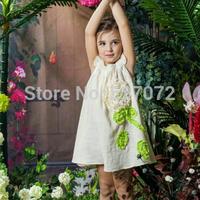 100%cotton2015 summer brand girls dress with appliques,European designer girls beige dress with big flower .kids time