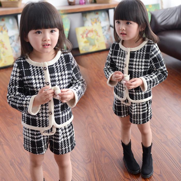 Children's clothing 2015 fashion new spring fashion girls long-sleeve + pants set small plaid o-neck suit shorts clothing set(China (Mainland))
