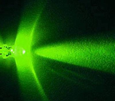 Lot of 100 X 5mm Green LED 15000 mcd Free Resistors(China (Mainland))