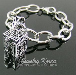 Magic box charm bracelet, Square box bracelet, cube charm bracelet, hollow box charm braclet(China (Mainland))