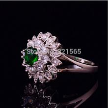 Vogue Emerald Quartz Crystal Flower Design White Gold Filled Ring Size 7 8 9 Super Value