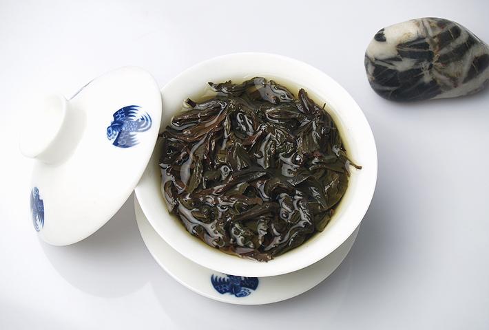 100g High Grade Chinese Organic Dahongpao Big Red Robe Oolong Tea Health Care Dahongpao Tea Antifatigue With Box Free Shipping(China (Mainland))