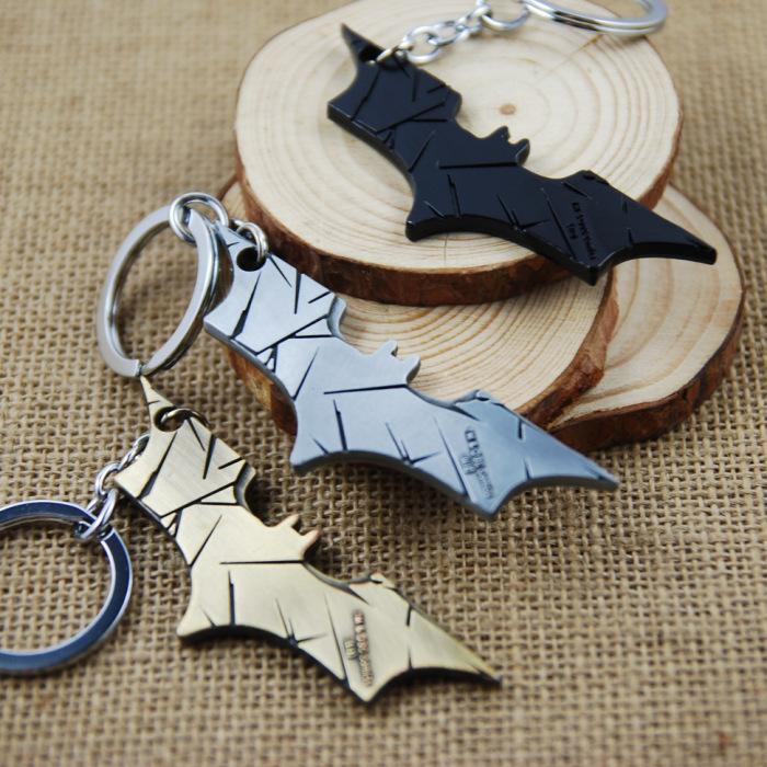 "New Arrival Cool Super Hero "" The Bat Man "" Movie Theme Metal Batman Keychains Alloy Pendant Key Chains Key Accesssory No.631(China (Mainland))"