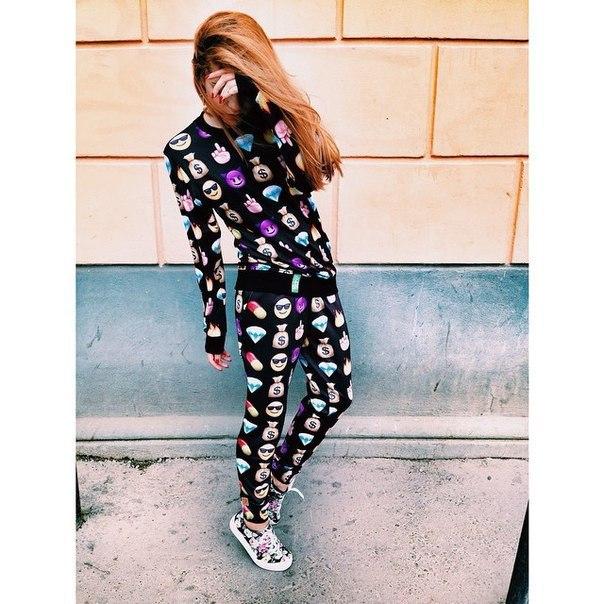 Emoji бегунов комплект рубашка брюки сети выражение печать с капюшоном женщины милый комикс одежда наряд одежда