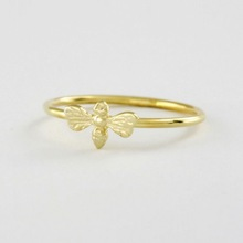 Free Shipping Honey Bee Ring in Solid 18K Gold Jewelry Ring For Women wholesale