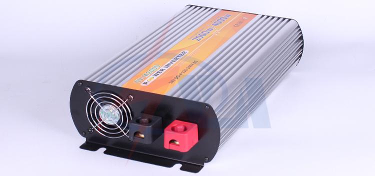 2000w inverter 220v to 380v solar panel inverter power inverter(China (Mainland))