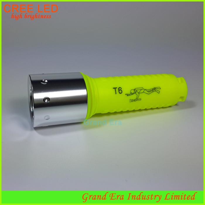 waterproof emergency underwater led flashlight diving flashlight torch plastic cree xml t6 led diving flashlight green H040(China (Mainland))