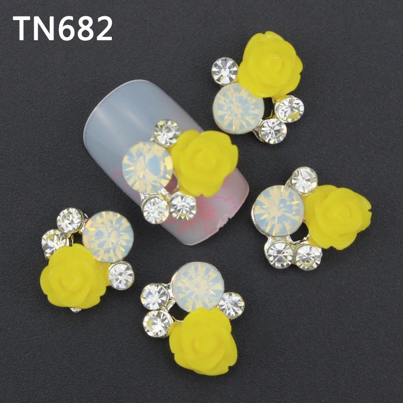 10pcs 3d nail art acrylic decoration charm jewelry manicure yellow flower design rhinestone nails sticker nail stud(China (Mainland))
