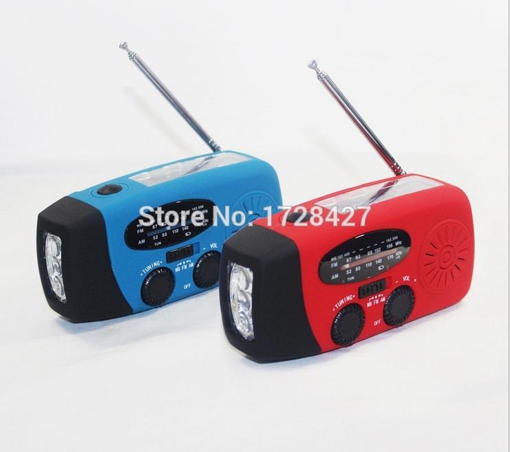 Configure the 4connector (mini usb ,micro usb ,iphone4s , USB mu zuo)and Hand the solar radio /Free shipping(China (Mainland))