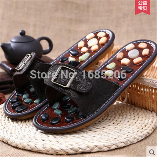 2015 New Free Shipping Cobblestone Massage Slippers Foot Massage Men and women Summer Foot Massage Slippers(China (Mainland))