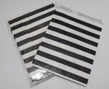 Free Shipping Black Horizontal Stripes Pattern Paper Bag Wedding Birthday Party Candy Cookie Gift Bags(China (Mainland))