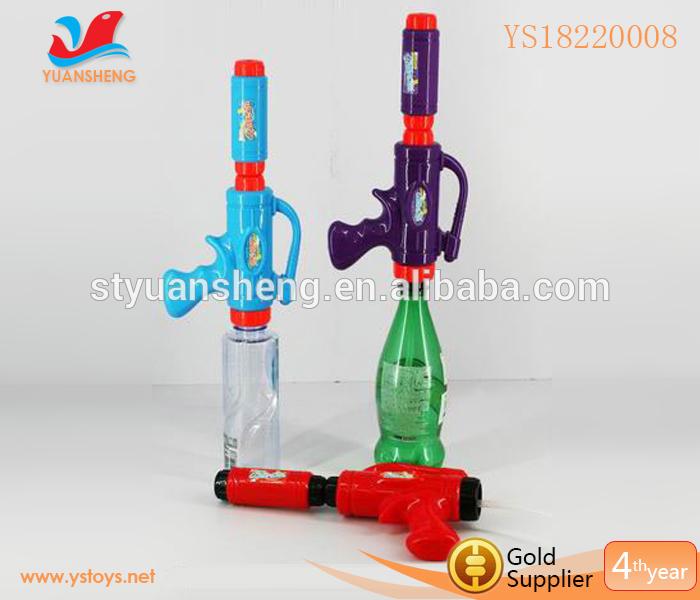 New style big water gun with bottle squirt gun(China (Mainland))