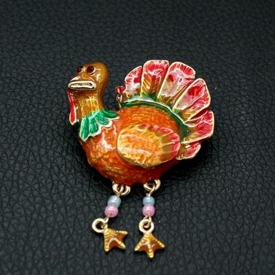 Wholesale Jewelry Fashion Glam Enamel Cute Turkey Brooch Pins Women Bijoux Party Ahorn esdoorn costume animal thanksgiving 4141(China (Mainland))