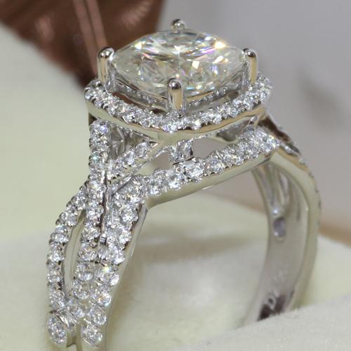 Charles&Colvard Brand 2 Carat Cushion Cut Moissanite Solid 14k White Gold Halo Wedding Ring Set 3.2 Carat Total(China (Mainland))