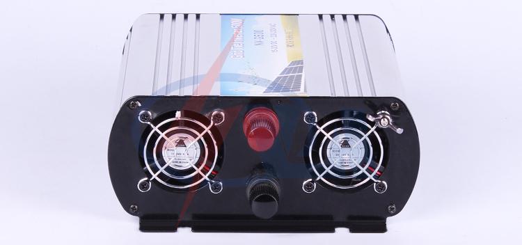 Solar grid tie inverter Hot sale 2015 car power inverter(China (Mainland))