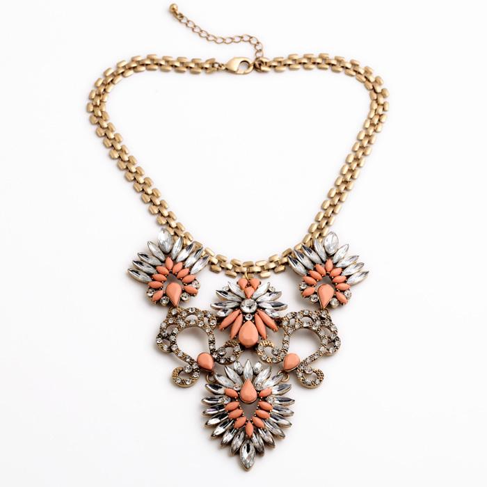 Scottish Classic Women Rhinestone Inlay Blue & Pink Chunky Exquisite Noble Big Pendant Necklace(China (Mainland))